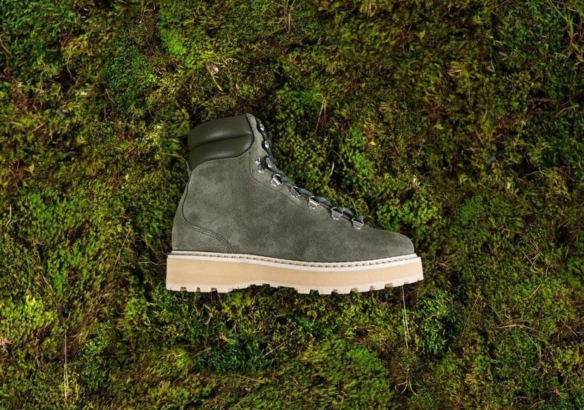 Mono Footwear, a Scandinavian footwear brand catering to the fashion-conscious and nature-lover now distributed in North America by In-Sport Fashions Inc.